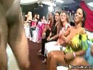 Chupeteiras gostosas fazendo a festa - www.arquivosexual.com