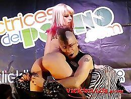Show porno de Nora Barcelona y RatPenat en el Salón erótico de Valencia 2013