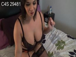 Joi Busty MOM