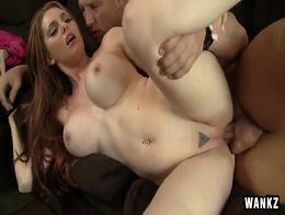 Lilith lust follando con un calvo