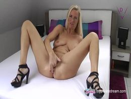 German MILF Squirting Jerk Off Instruction