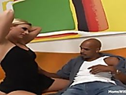 Cougar Darryl Hanah having a taste of what's sensual fucking is all about. Justin Long wit...
