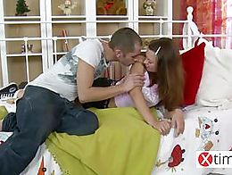 this very young Lolita makes her ass brutally fucked like a toys