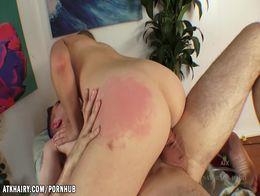 Kendra Lynn giving a good massage