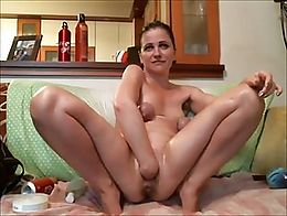Compilation tribute to this hot webcam milf's loose holes