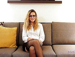 Kendra Lynn - Dirty little office girl