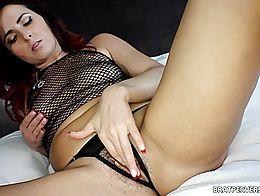 Helena Price missbratdom.com