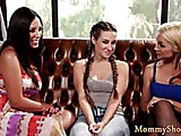 Glam stepmommy pleasured in threeway by two teen babes