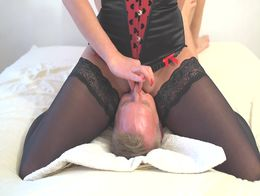 Amazing squirt on mouth. Face sitting awesone pussy riding.