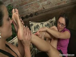 Andrea Sasha sexy foot worship