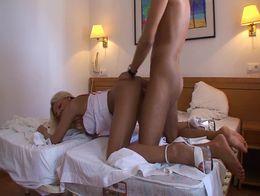 PornMe - Krankenschwester anal durchgefickt in Hotelzimmer