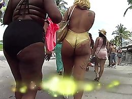 Nice jiggly ass stripper filmed in Miami during Memorial Day weekend. Watch the full video on m...
