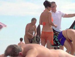 strand playa praia plage voyeur hidden heimlich ohne spy caught nude sex swinger french