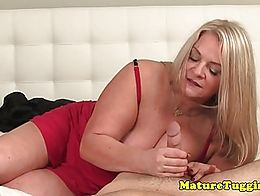 Mature bbw giving pov guy tugjob while in lingerie