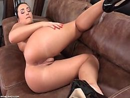 Questfororgasm horny anna rose reaching climax in seconds 4