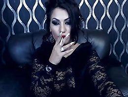 Stunning Smoking Domina
