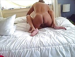 Hot, shaved, horny blonde divorcee wants to get her tight pussy stretched, filled and inseminat...