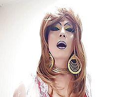 sissy niclo slut makeup