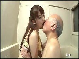 Yui Hatno. Kaigizuma