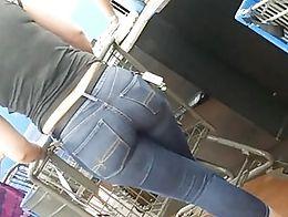 White bitch was so friendly.. Didn't mind Mr recording her