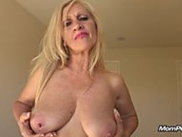 MomPOV MILF gets a messy facial