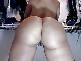 Twerking & Playing With Her Pussy