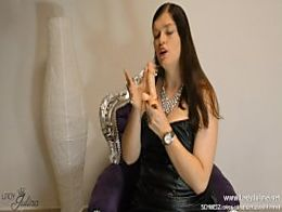 Leder Mistress gibt German JOI FemDom Worship Leather