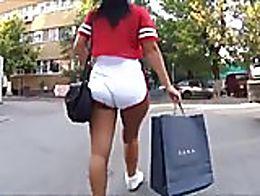 LATINA BiG ass Shorts! NOT MY CONTENT!