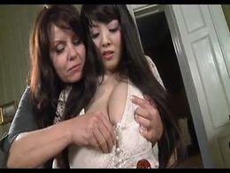 Hitomi Tanaka lebian huge titty play with milf