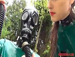 Rubber doll breathpaly 2 gasmsak control 7