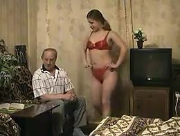 Naughty grandpa found his granddaughter very sexy!