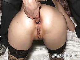 Hot amateur girl brutally fisted and fucked with a huge bottle in her gaping ass