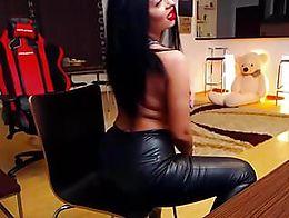 SEXY SMOKING Romanian girl