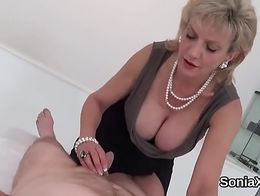 Unfaithful british mature lady sonia exposes he