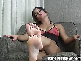 If you have a foot fetish then you are in for a treat. Most guys would kill to have the privile...
