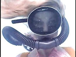 Milfhunter in scuba action
