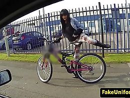 UK policeman fucks inked sluts pussy outside before jerking cumshot