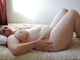 hot girl jiggles big belly